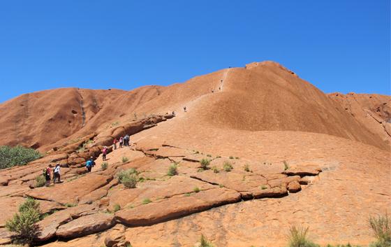Faut-il monter sur Uluru