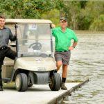Des requins dans un golf !