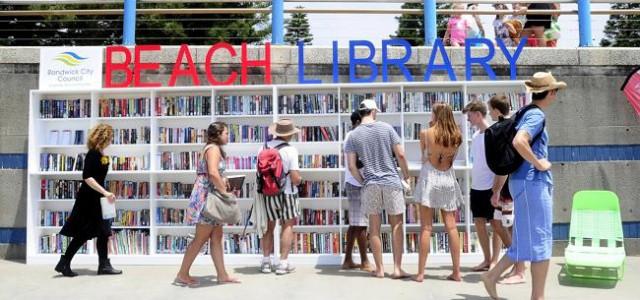 Une bibliothèque gratuite sur une plage de Sydney