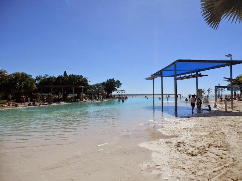 lagoon cairns