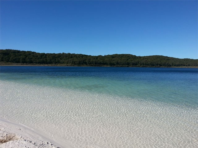 fraser island lake