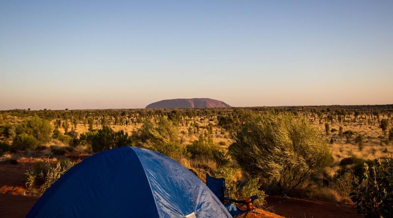camper uluru australie