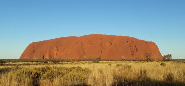 Visiter Ayers Rock (Uluru) – Le rocher sacré d'Australie