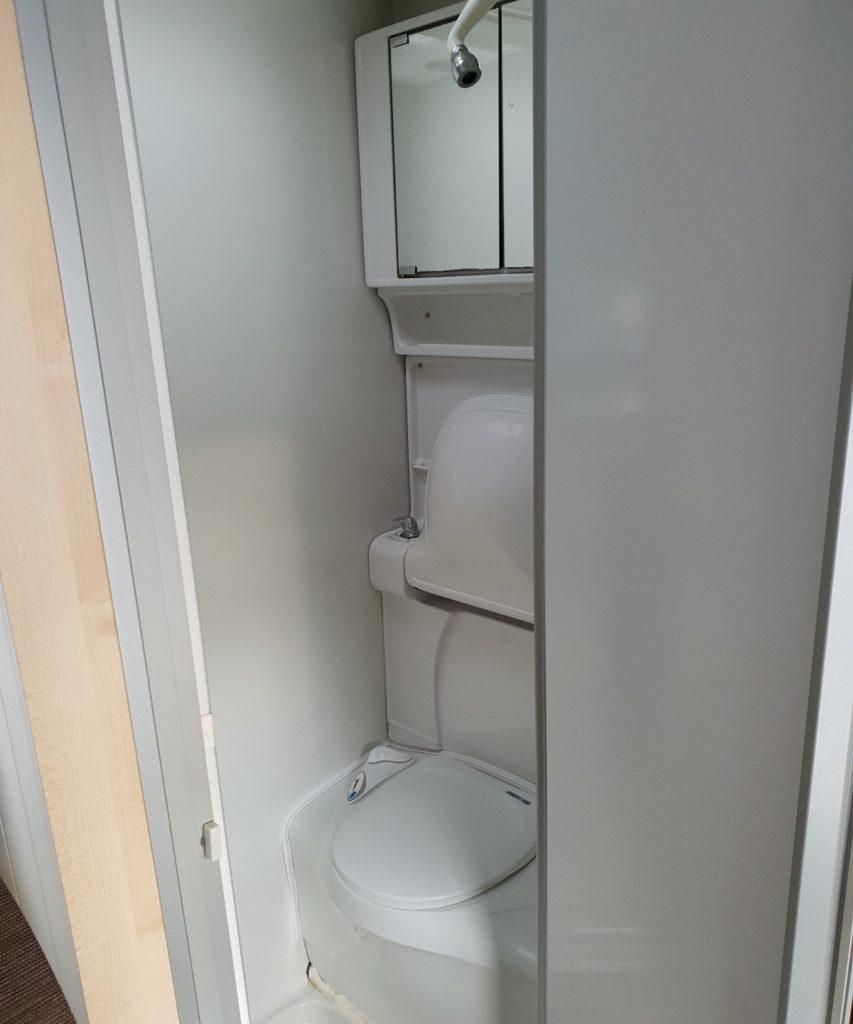 Wohnmobil verfügt über WC