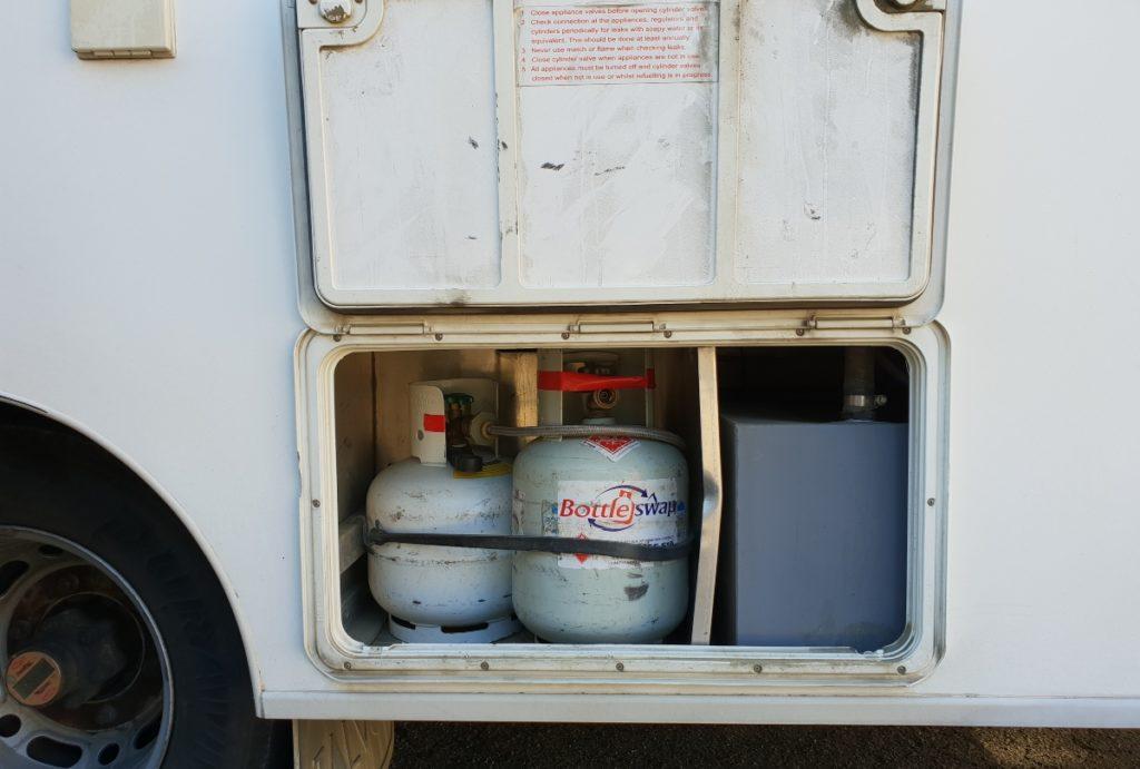 Wohnmobil verfügt über gas-Flasche