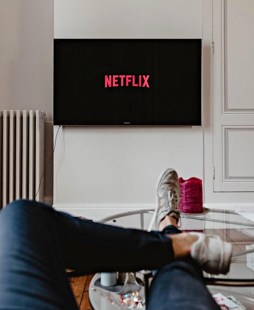 Série en anglais sous-titrée sur Netflix - Réussir son retour en France après un PVT